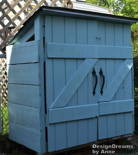 DIY Trash Can Shed