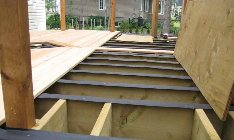 Deck joist protector