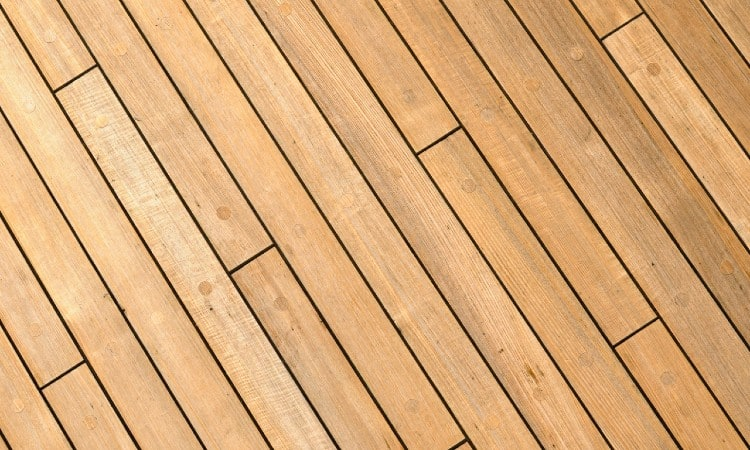 How to Stagger Deck Boards