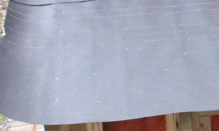 Tar paper roof underlayment