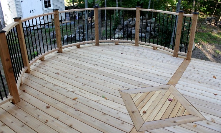 What grit sandpaper for deck