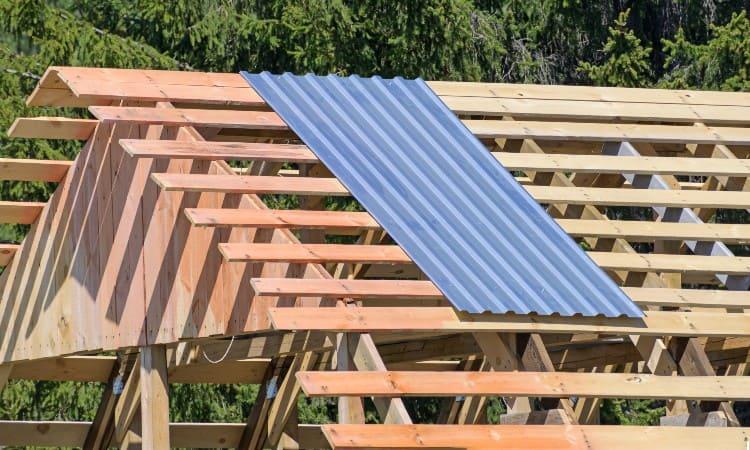 Standard truss spacing metal roof